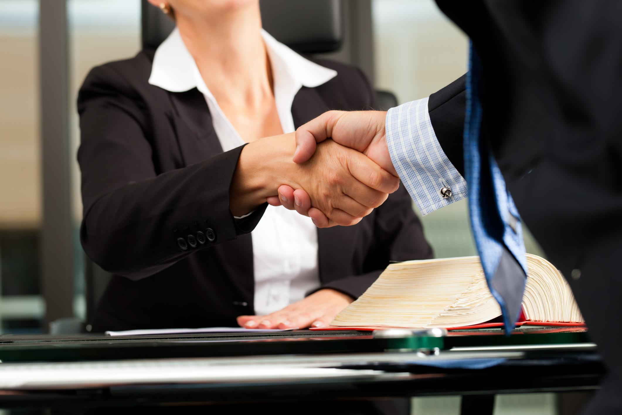 Adwokat – zawód oparty na zaufaniu klienta