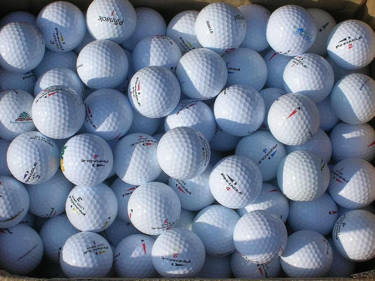 Rodzaje piłek golfowych